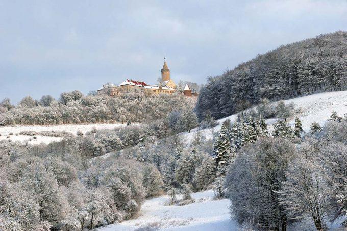 Leuchtenburg im Winter